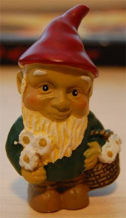 Gnome Stewart Will Strangle You in Your Sleep with GMing Links