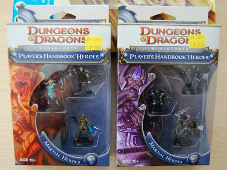 Photo Review: D&D Heroes Miniatures and Official D&D Power Cards