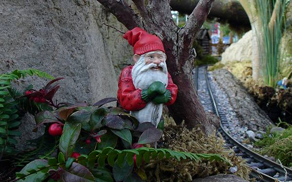 Creepy Holiday Gnome says it's okay to give Gift Cards when it's done thoughtfully.